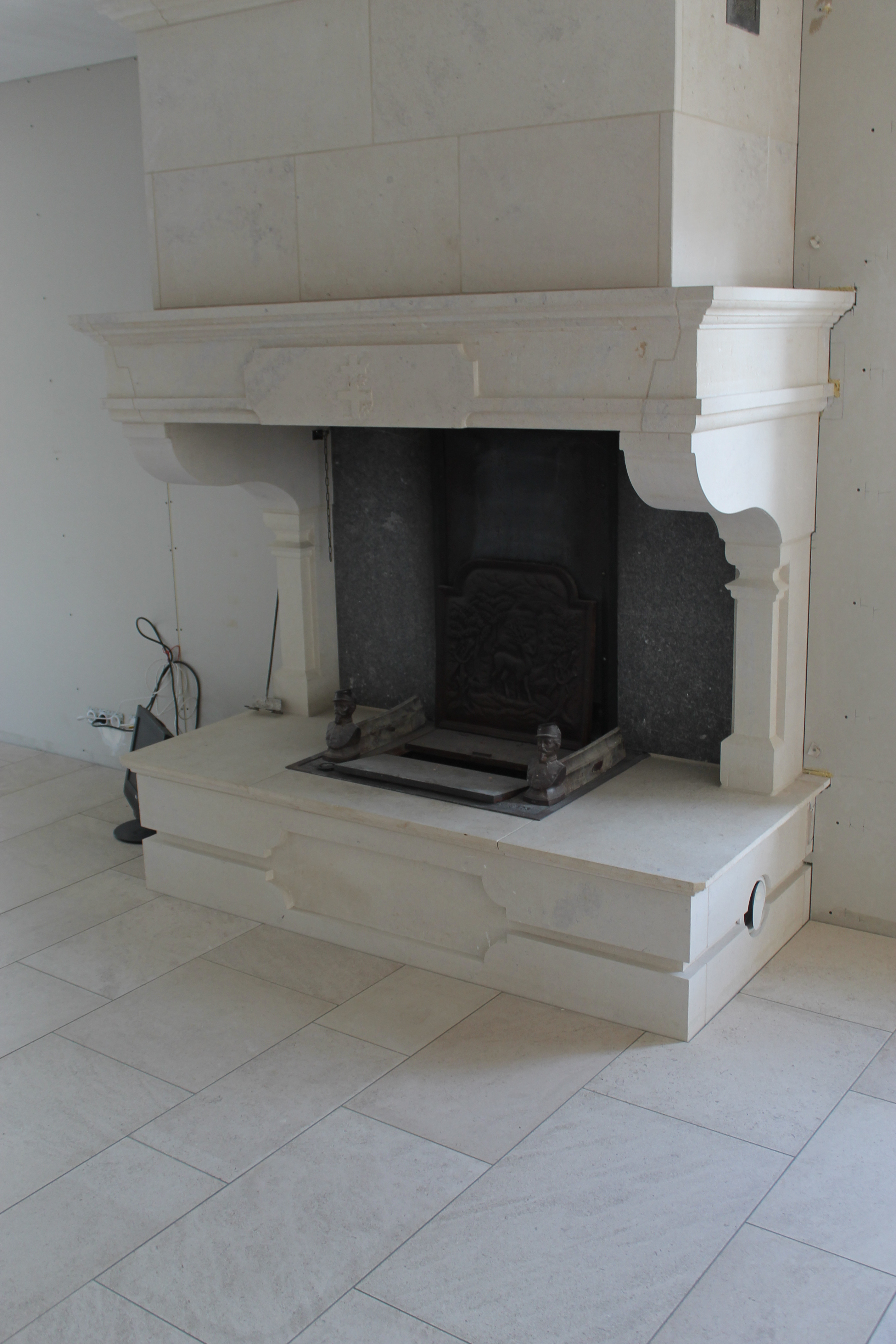 foyer-ouvert-cheminée-restauration