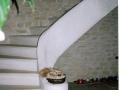 escalier-vouté-massif-pierre-ancien-chateau