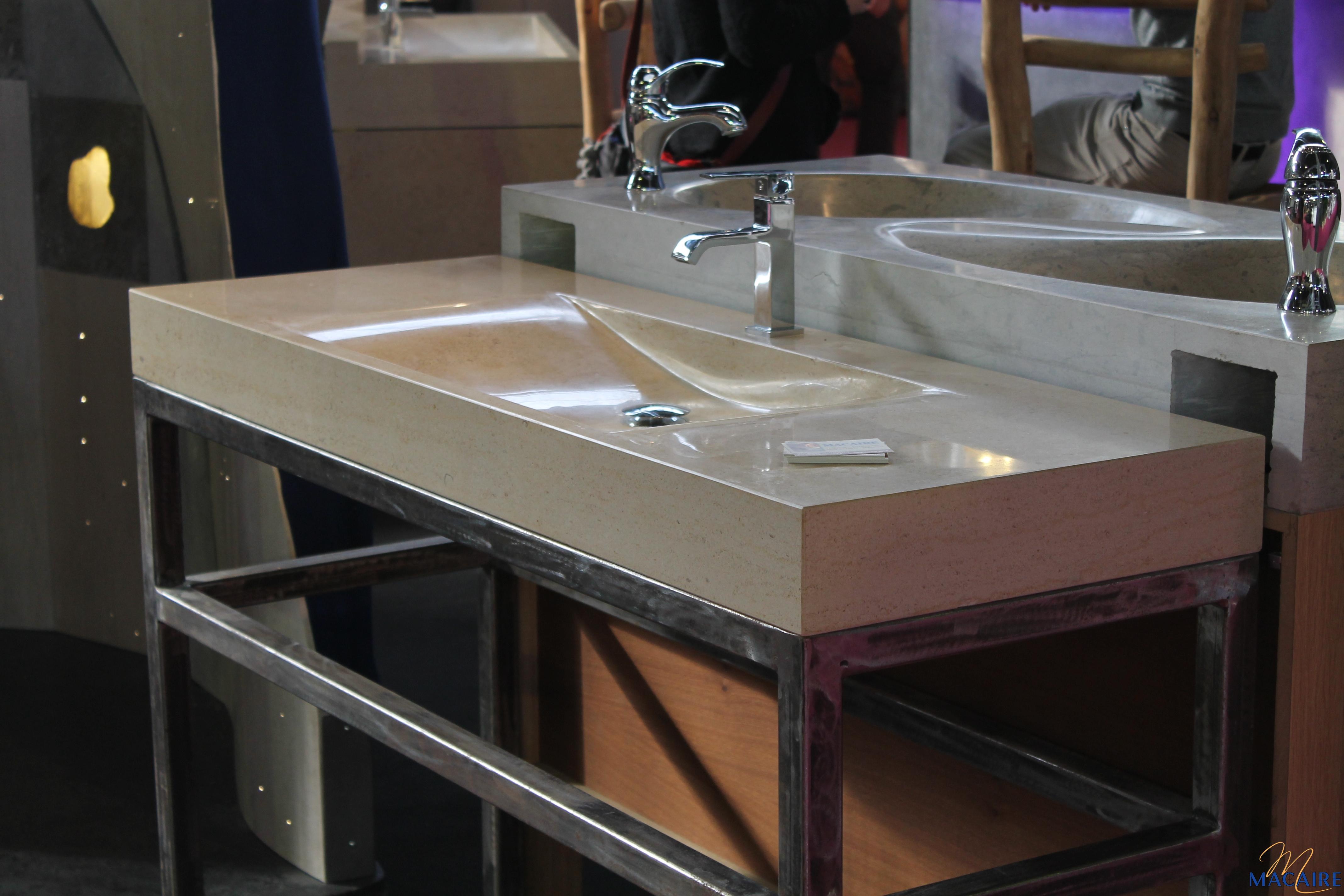 Salle de bain macaire tailleur de pierre en lorraine - Salle d eau ou salle de bain ...