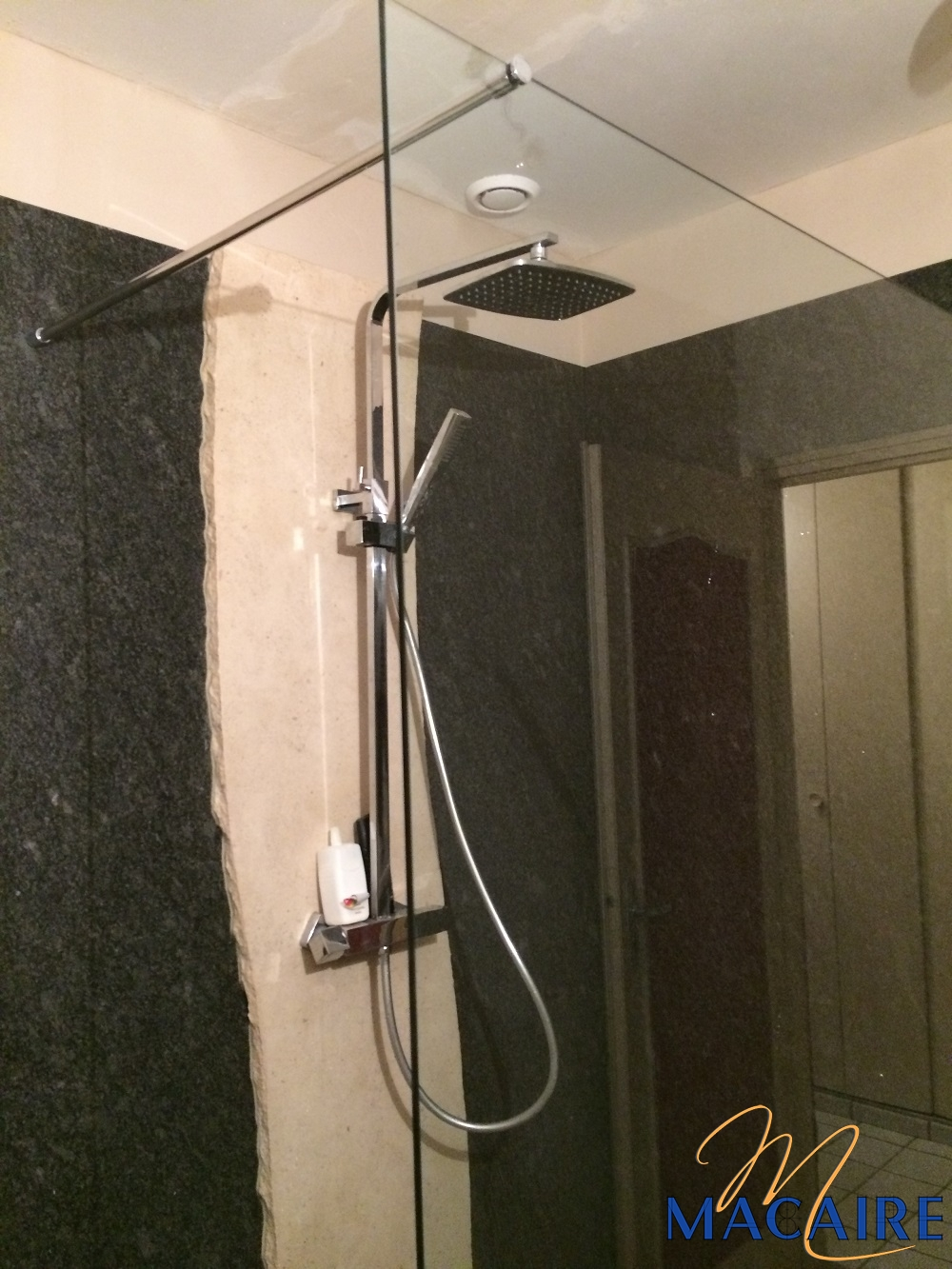 Salles de bain | Macaire tailleur de pierre en Lorraine à ...